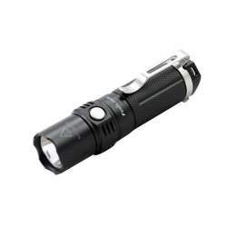 TORCIA FENIX PD25 LED 550UMEN